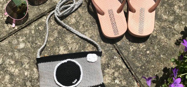 Hæklet kamerataske – gratis opskrift